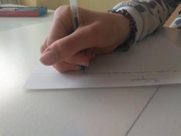 mauvaise préhension stylo Céline Heutte